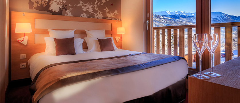 France_Serre-Chevalier_Grand_aigle-bedroom-classic.jpg